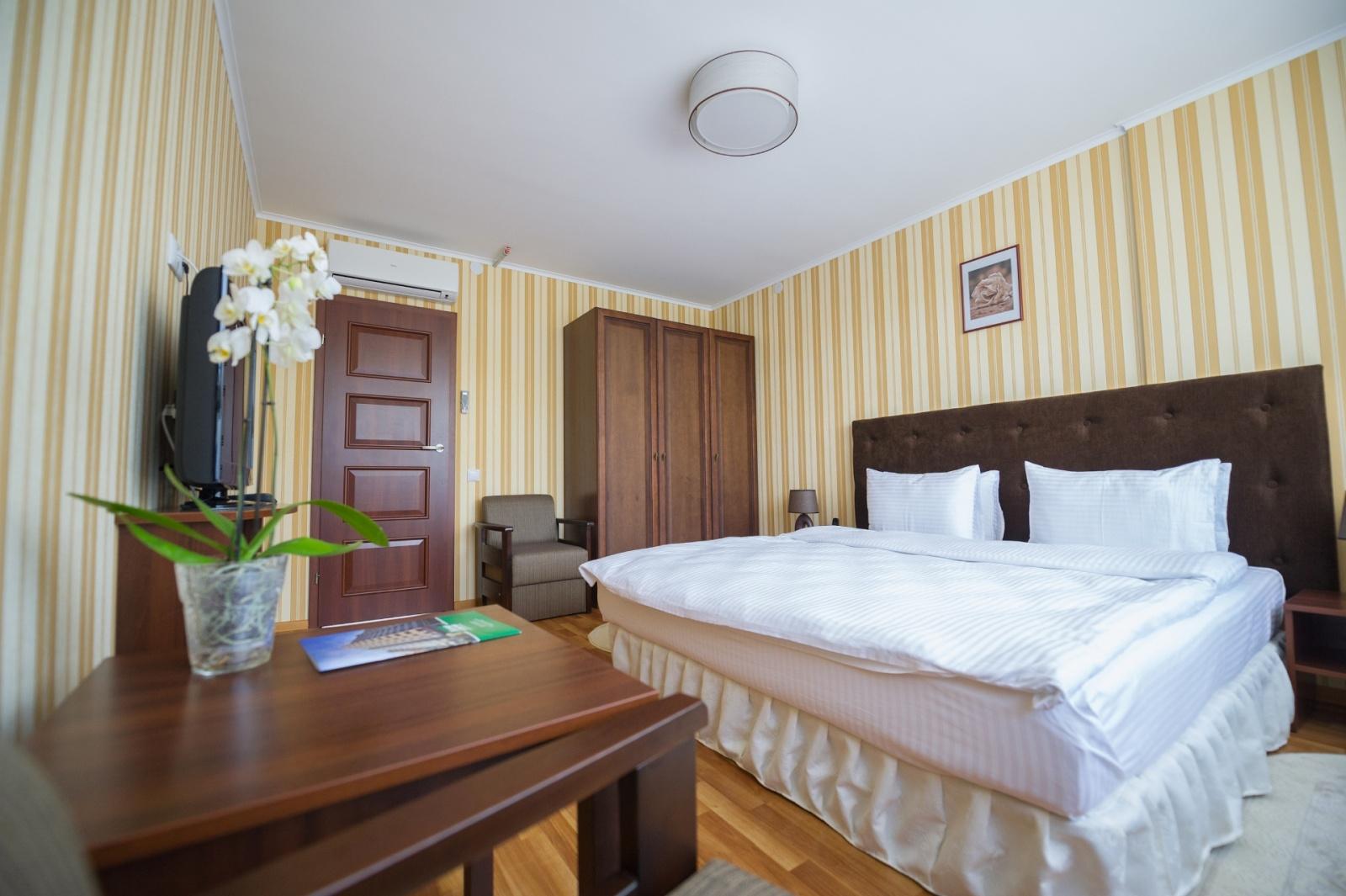 Курортний готель Лісова Пісня