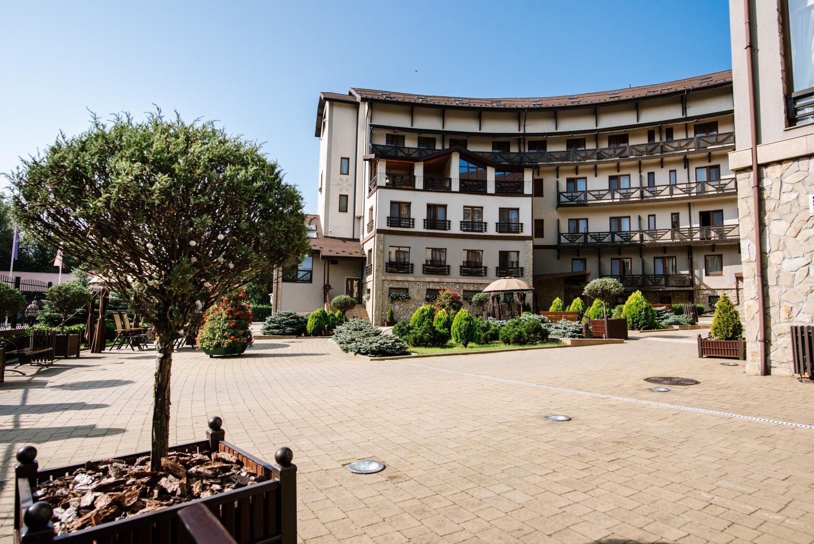 готель Шале Грааль